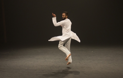 Rising Aakash Odedra Monaco Dance Forum